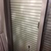 冬の時期は夜だけ自宅窓のシャッターを閉めるようになりました。