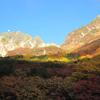 紅葉の涸沢と前穂高岳北尾根