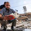 イスラエルが、ガザ地区の文化の中心の書店を破壊