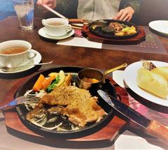 ★炭火焼チキンステーキ