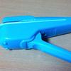 【仕事術】コクヨS&T「ハリナックス」/針なしステープラーを活用して書類を綴じた上、廃棄もスムーズに行う