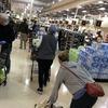 コロナウィルス:緊急事態になった州が相次ぐアメリカ