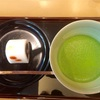 日本橋、三越前駅のCOREDO室町にある、鶴屋吉信で和菓子とお抹茶のセットを楽しんできました。