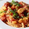 やっぱり最高\(^0^)/野菜メインのパスタ、トマトソース