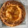生徒さんの誕生日だったので 生協のアップルパイでお祝い!