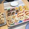 日本の惣菜パンでブランチタイム!