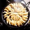 美味しい餃子を焼きたいなら、鉄鍋を使えば間違いなし