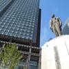 東京駅のアノ銅像は誰?