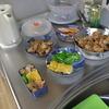 幸運な病のレシピ( 445 )朝:鶏のから揚げ、ロース肉生姜焼き、黒豆、卵、ピーマンブレイズ