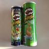 プリングルズのマレーシア産サワークリームオニオン味とアメリカ産サワークリームオニオン味を食べる