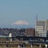 富士山をバックに草野球