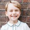 英ジョージ王子、5歳の誕生日を記念した写真公開