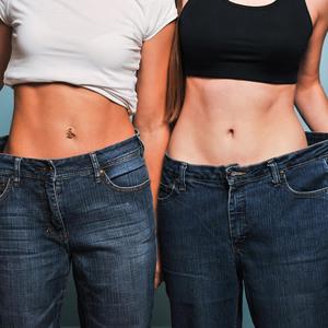 腹筋だけより効果的! お腹痩せしたいならスクワットを極めるべし