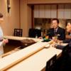相棒 シーズン17 第19話「漂流少年~月本幸子の決断」に、「それでもあなたは女将さんですかーっ(ぷるぷる)」と本気で怒る。