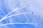 千歳基地航空祭! ブルーインパルスの飛行展示と、室屋義秀氏による曲技飛行!