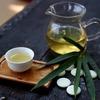 一杯のお茶で始める簡単スキンケア。たった2つの習慣で、うるつや美肌に
