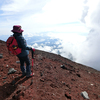 富士山。お鉢を少しだけ歩きました。