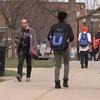 ビザ規制の中、米国への留学生数が2年連続で減少