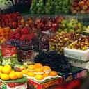 バンコクの市場の果物屋さん Fruits Shop YUMI
