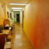 蘇った色彩.                Die Wänden kriegen neue Farben