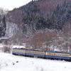 銀雪のしなの鉄道撮影(5):牟礼~古間,戸草で山スカを迎える。