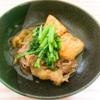 フライパンで簡単すきやき。具材は牛肉・豆腐・しらたき・春菊だけ!