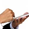 iPhone・スマホを守るガラスコーティングは、指先も守ります