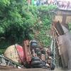 Vientiane Times トゥラコム郡の橋崩落、迂回道路建設へ
