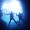 ♪夏の沖縄の風物詩・青の洞窟ダイビング♪〜沖縄ダイビング恩納村〜