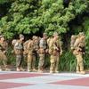 これが日本か 米兵が銃持ち県道を移動、沖縄・高江