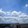空の青さと雲の白