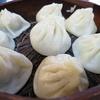 上海で小籠包が食べたかったら、豫園の南翔饅頭店に行くしかない。