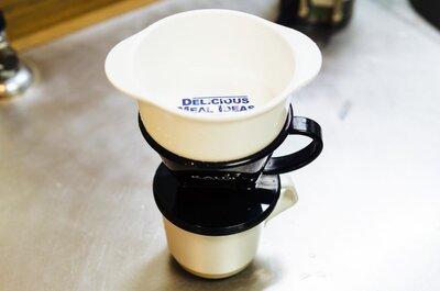 【プチアイデアで解決】ドリップコーヒーのお湯注ぎを100円で半自動化してみた。