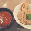 「つけ麺 五ノ神製作所」の海老トマトつけ麺は女の子とランチで来たい新宿一のラーメンだ。
