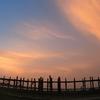 ニャウンシュエ → マンダレー*世界最長の木造の橋 ウーベイン橋に チャリできた。