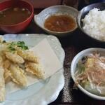 岐阜市の小塩(おじお)っていう定食屋さんにいつたよ!!