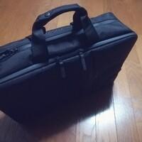 ユニクロの「3WAYバッグ」はビジネスバッグの最適解かもしれない