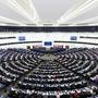第74回総会第三委員会:人権理事会のテキストを除外するよう求めるなか、ナチズム美化、強制失踪との戦いに関する6決議草案を承認