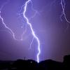 【PC機器】雷が光ってから音が鳴るまででの距離を知っておく【停電対策】