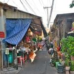 「クロントゥーイ港」からの下町の光景~バンコク市民のそのままの生活が垣間見える!!