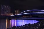 札幌・幌平橋サマーイルミネーションで、豊平川の川見を楽しむ。