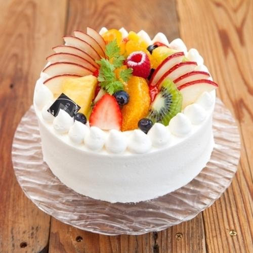 梅田近郊で評判のおいしい誕生日ケーキ6選!華やかな見た目も魅力的!
