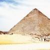 エジプト・カイロ周辺旅行(5) ギザ平原の大ピラミッドと悠久の時を超えて佇むスフィンクス