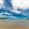 お天気の良い昼下がり、海を見ながら考えること。
