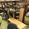 食品棚に棚を追加。助っ人俣田さんによってgoodタイミングで作っていただいた。