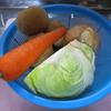 男厨_おかずにもなるたっぷり野菜のコンソメスープ