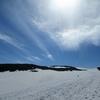 残雪の象潟コースを行く。