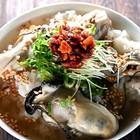 牡蠣と魚醤のエスニック風スープで食べる「牡蠣の汁かけごはん」が、3分煮るだけなのにごちそうすぎた