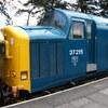 チャギントンと同じ形!イギリスの電車が可愛い。