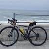 台風18号の影響で海に近い自転車道は大荒れの模様です